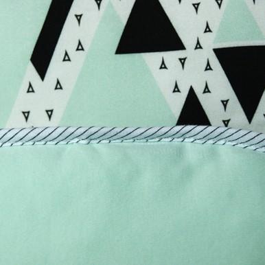 lekki trójkąty seledyn / seledyn